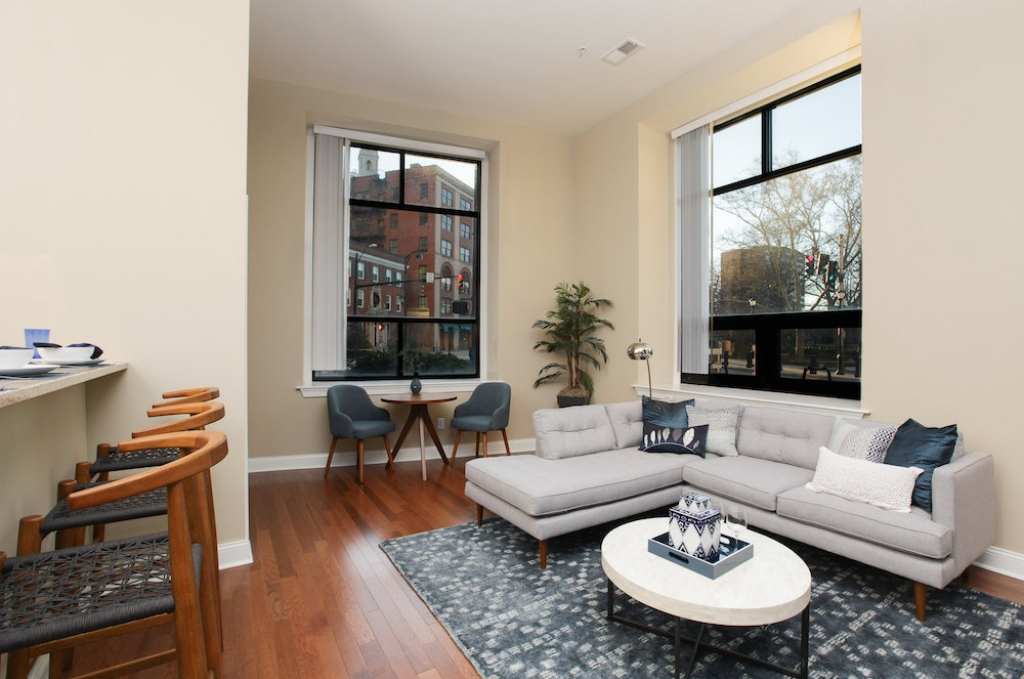 55 On The Park In Hartford Ct Pmc Property Group Apartments