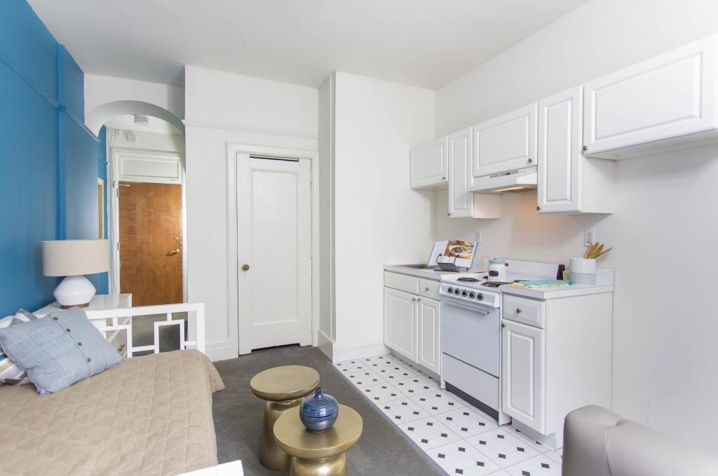 Adelphia House In Philadelphia Pa Pmc Property Group Apartments
