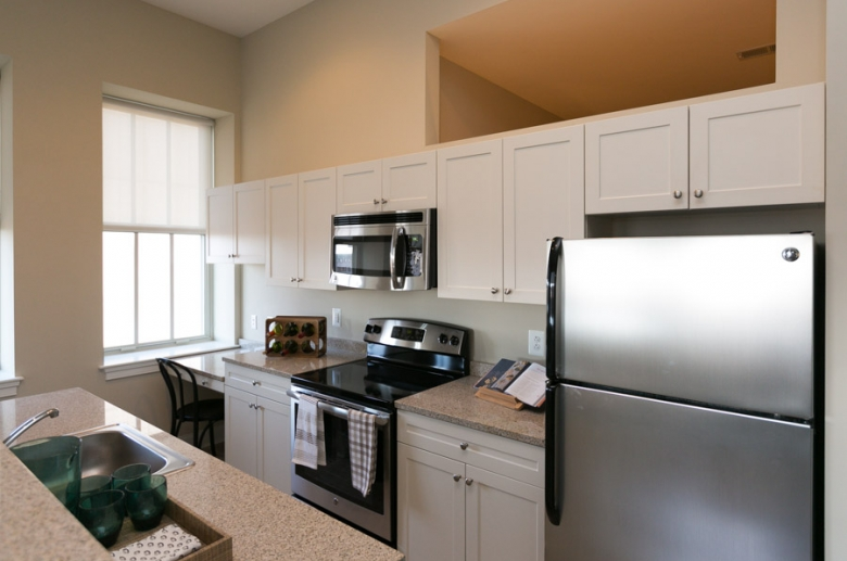 301 North Charles_kitchen