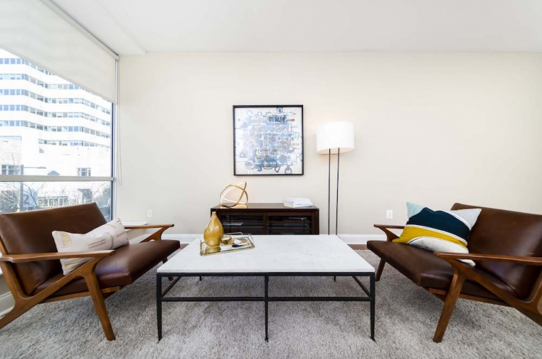 2040 Market living space
