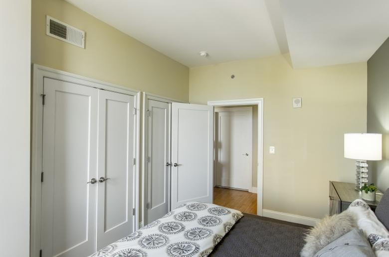 2100 Parkway bedroom
