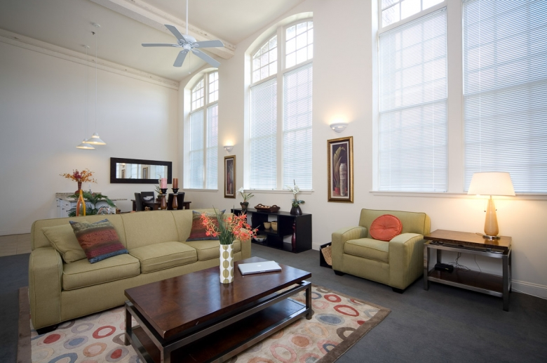 Generously sized living spaces with natural lightning at Granby Mills