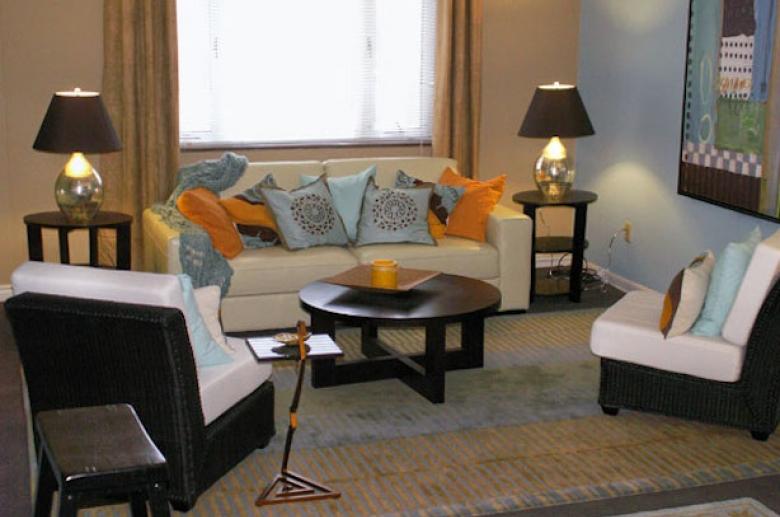 Kenmawr living room