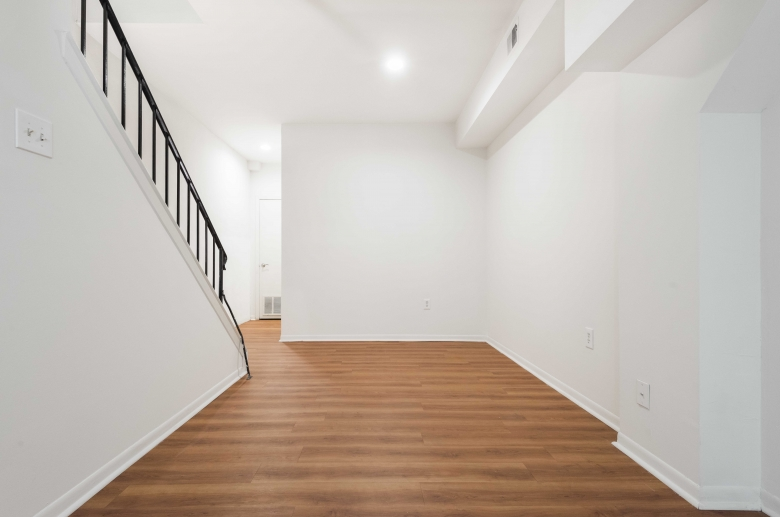Modern touches include recessed lighting