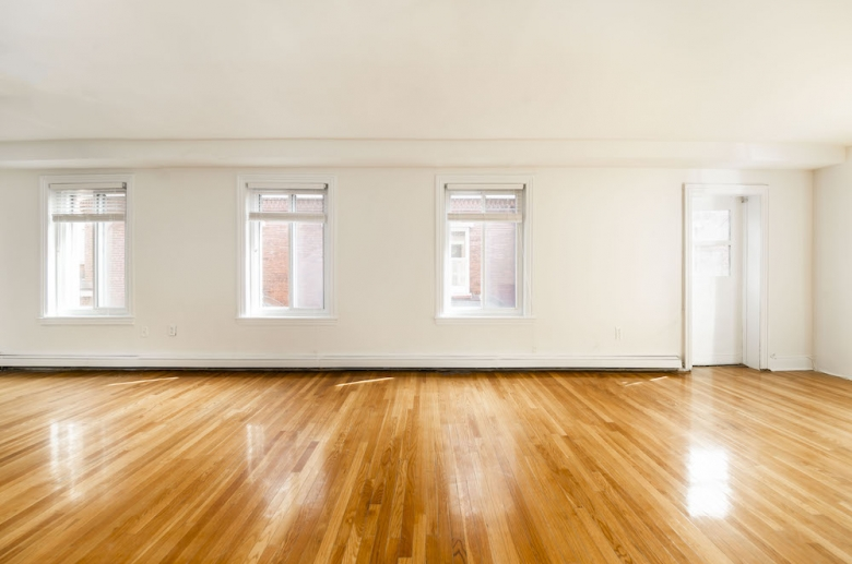 Expansive floorplan layouts