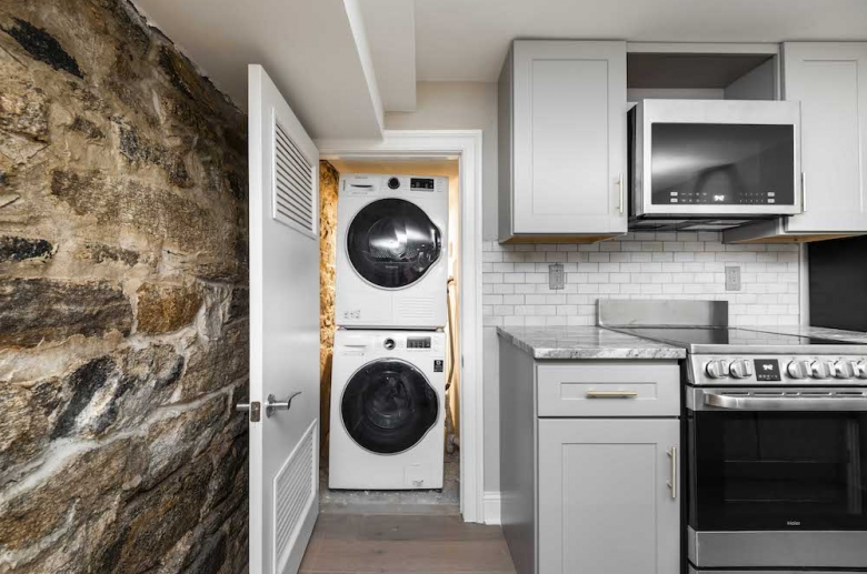 Stackable washer and dryer unit