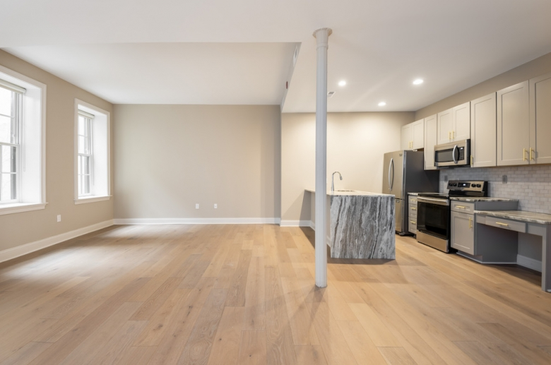 Expansive floorplans at Waterfront Apartments