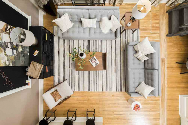 Inviting living and entertaining space