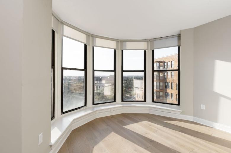 Oversized bay windows