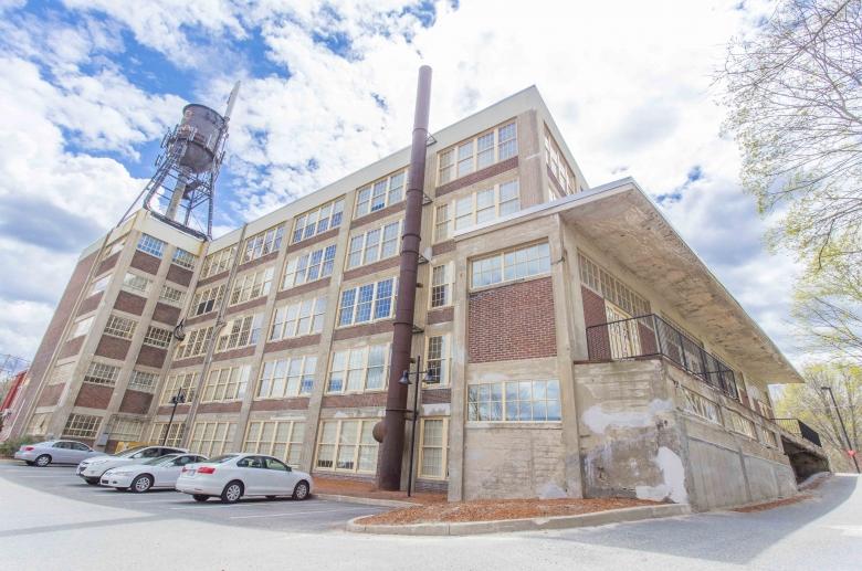 Design Pak Lofts offers an industrial vibe