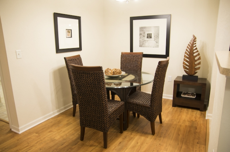Windsor Club dining_1