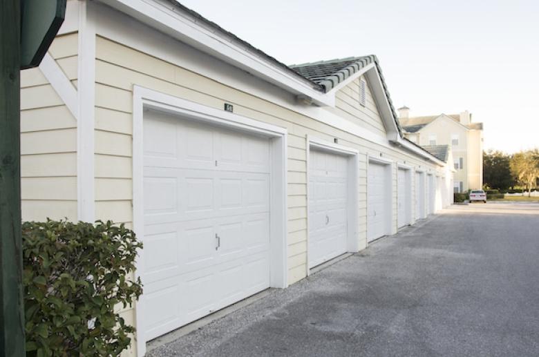 Windsor Club_garages
