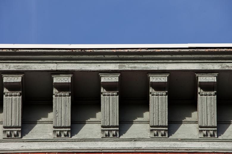 427 Vine architectural detail