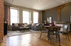 Greenehouse living room