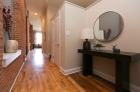 Greenehouse_hallway